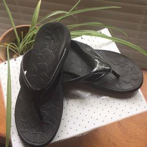 Dr. Scholl black patent wedge sandal